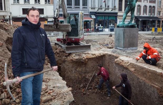Archeologisch onderzoek naar het oud-stadhuis op Suikerrui