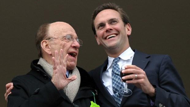 Murdochs voor commissie wegens afluisterpraktijken