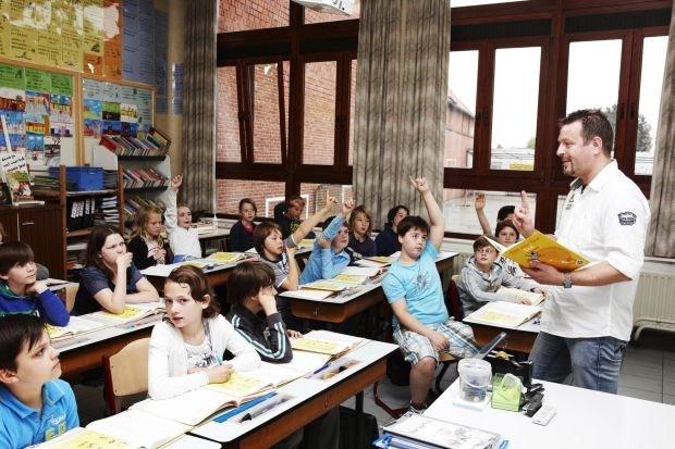 Alle leerkrachten moeten 2 jaar langer werken