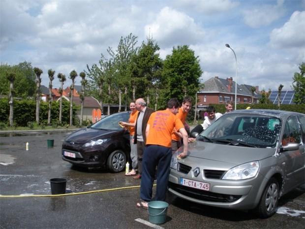 Gratis carwash voor inwoners Clemenshoek