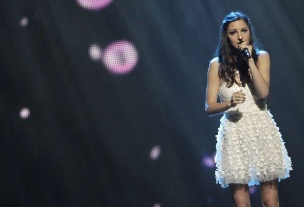 Bekijk de Eurosong-outfit van Iris