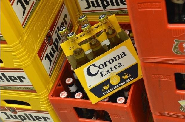 AB InBev neemt Corona-brouwer over