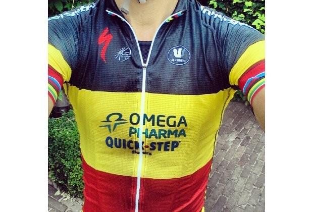 Tom Boonen toont tricolore trui