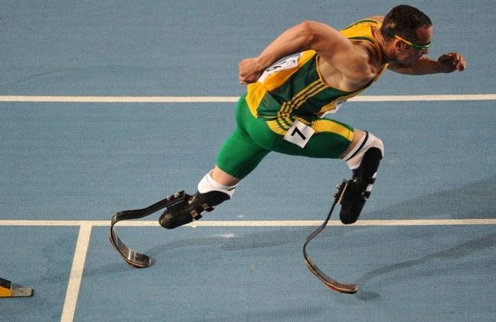 Oscar Pistorius eerste paralympiër op Olympische Spelen