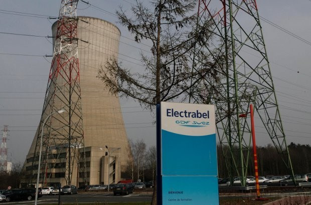 Electrabel dreigt Tihange in 2015 te sluiten