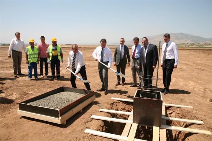 Van Hool legt eerste steen in Macedonië