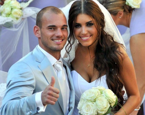 Yolanthe Sneijder ei zo na in Playboy