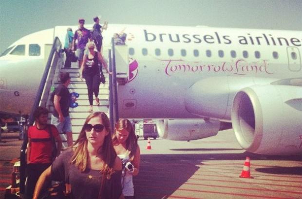Partyvlucht landt in Tomorrowland