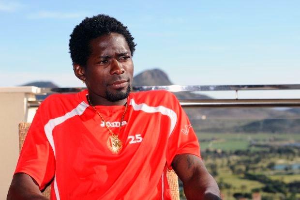 Transfer Kanu van Standard naar Olympiakos gaat niet door