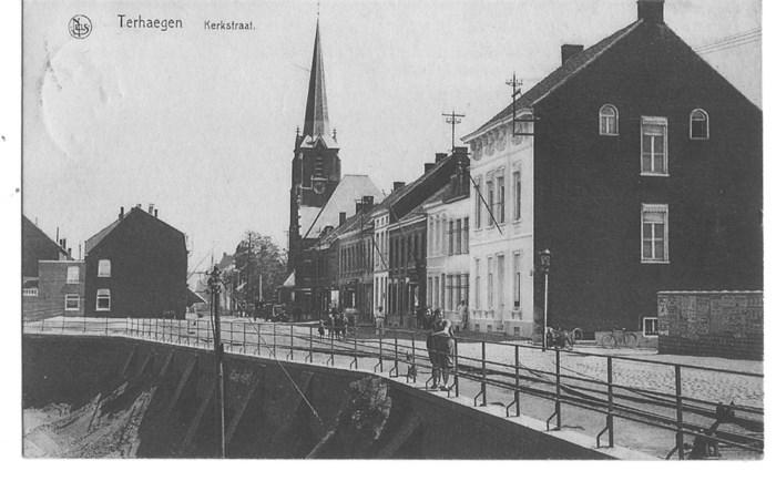 Poort en lein steenbakkerij De Beukelaer in ere hersteld