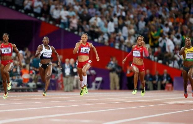 Felix verslaat Fraser-Pryce in de 200 meter