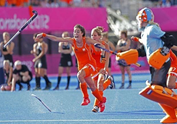 Nederland treft Argentinië in vrouwenhockeyfinale