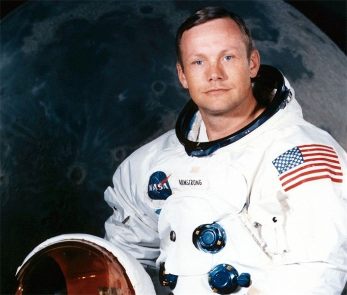 astronaut neil armstrong on uniform - photo #20