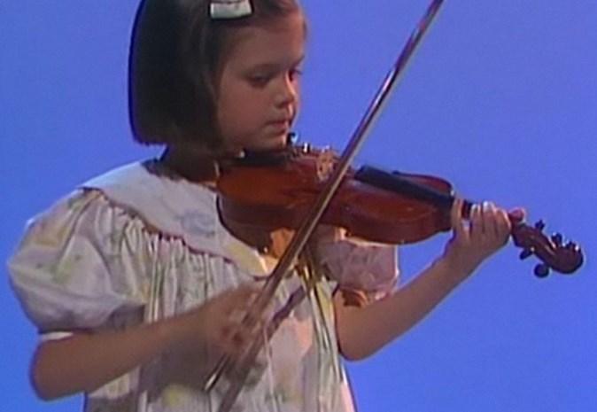 6-jarige Astrid Bryan maakte tv-debuut op VRT (video)