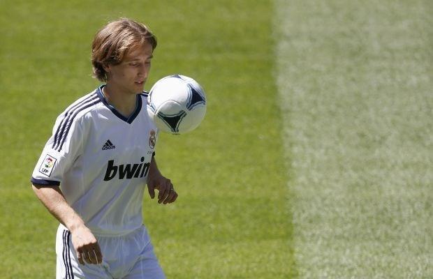 Luka Modric tekent voor 5 jaar bij Real Madrid