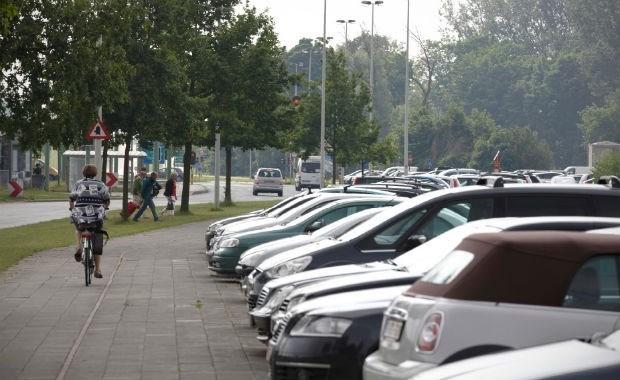 Parkeerperikelen opgelost: bewoners krijgen bewonerskaart