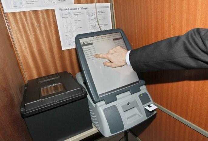 Oefensessie digitaal stemmen voor jongeren