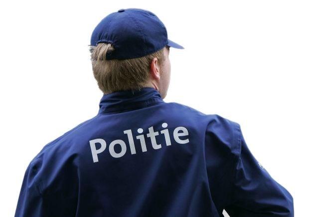 """Brussels koppel: """"Politie gebruikte geweld en vernederde ons"""""""