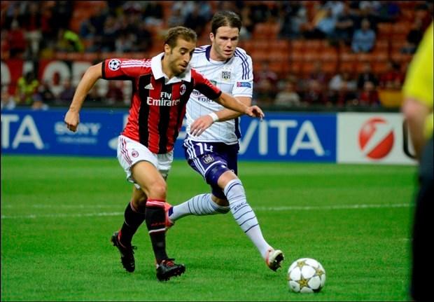 Bram Nuytinck (Anderlecht) staat in type-elftal Champions League