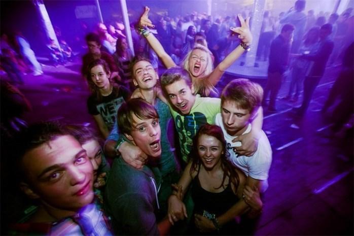 Night of the DJ's lokt 800 danslustigen