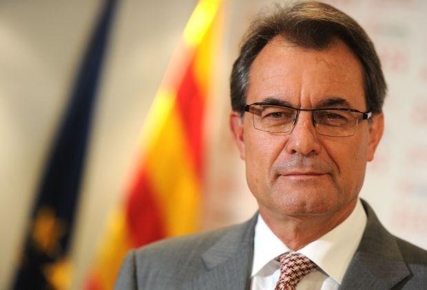 """Madrid ongerust over """"instabiliteit"""" die Catalonië veroorzaakt"""