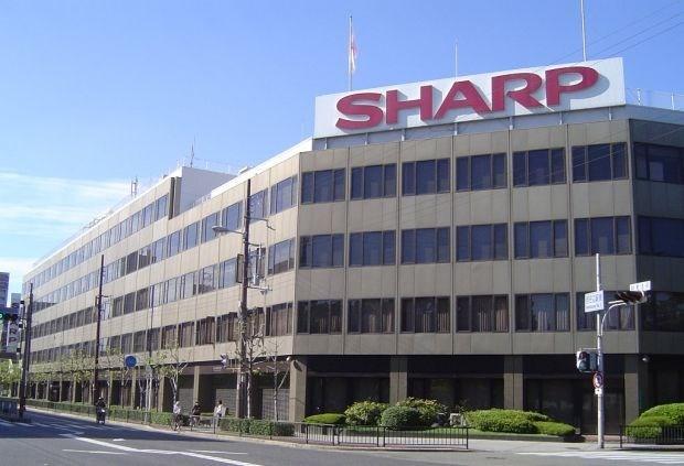 """Sharp schrapt wereldwijd 11.000 jobs"""