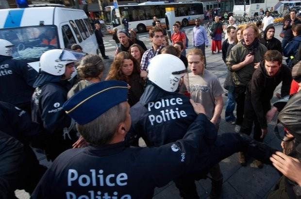 Snelrecht voor geweld tegen de politie vanaf halverwege 2013
