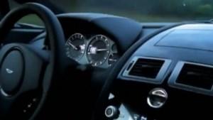 2,5 jaar rijverbod voor man die filmde hoe hij 293 km/h reed (video)