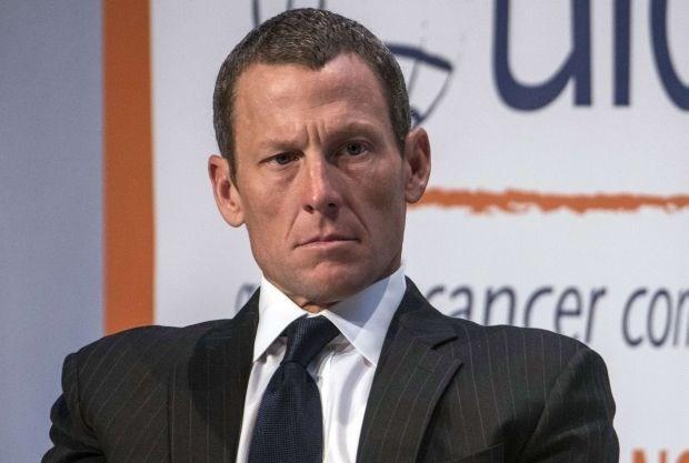 """Nike: """"Armstrong heeft ons meer dan 10 jaar lang misleid"""""""