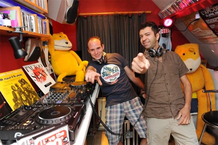 The Poppy's met twee keer Mega Ambi Deejays en veel live-muziek