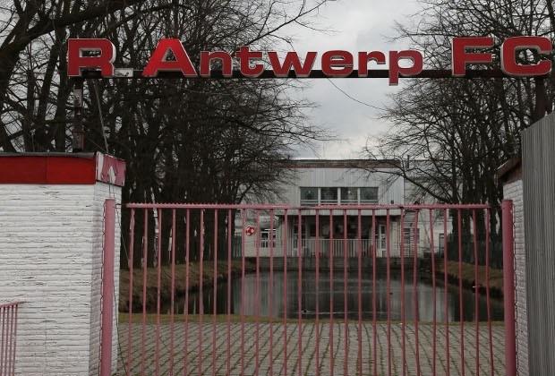 Vereffenaar nv Antwerp Stadion tijdelijk op non-actief