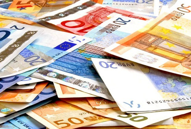 Belg met 1,1 miljoen euro op zak opgepakt in Rotterdam
