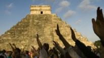 Laat op Facebook weten dat je de Maya-ramp overleefd hebt