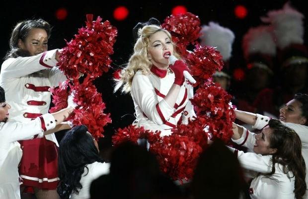 Madonna scheldt rokende fans uit