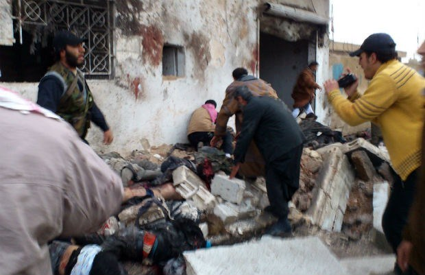 Zeker 300 doden bij luchtaanval in Syrië