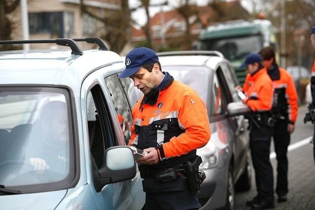 Eén Belg op twee dronken achter het stuur