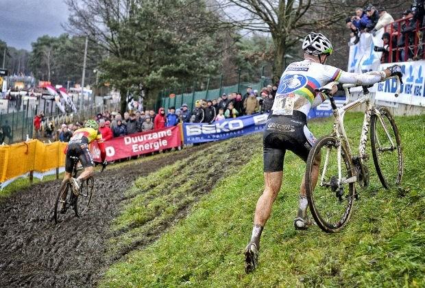 Albert topt UCI-ranking, Pauwels zakt naar drie
