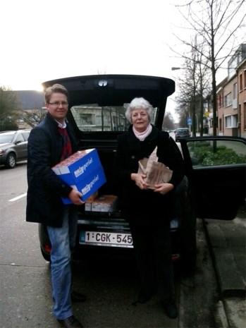 Vlaams Belang schenkt voedselpakketten aan Kabas