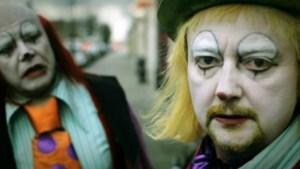 Bekijk de trailer van Crimi Clowns, De Movie (video)