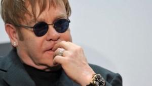 Elton John duikt de studio in met Queens of the Stone Age