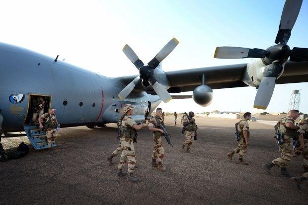 Frankrijk wil Belgische C-130's maand langer in Mali houden