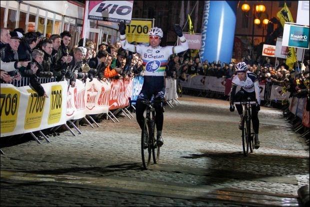 Sven Nys zegeviert in Cyclocross Masters