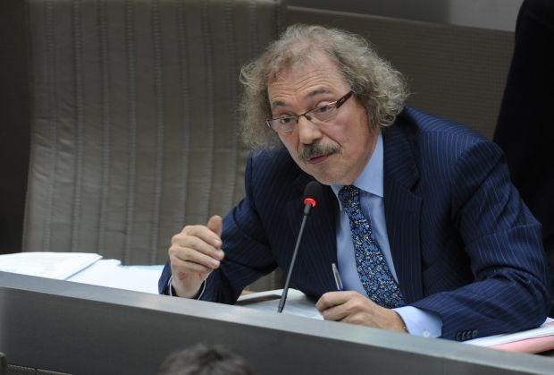 Vlaams Parlement debatteert over hoofddoekenverbod op school
