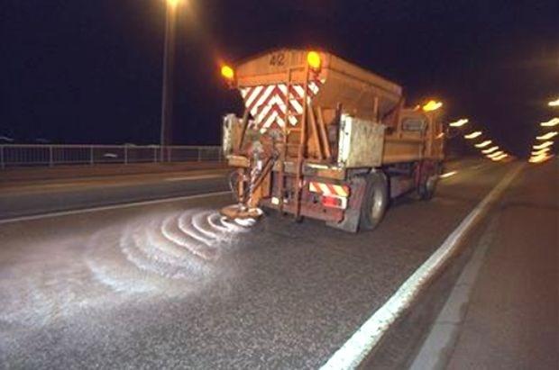 "AWV: ""Opletten voor spekgladde wegen"""