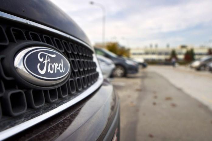 Geblokkeerde wagens op parking Ford blijven nog even staan