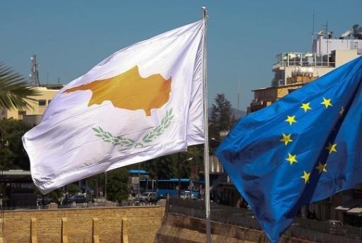 Run op banken Cyprus na besluit reddingsplan