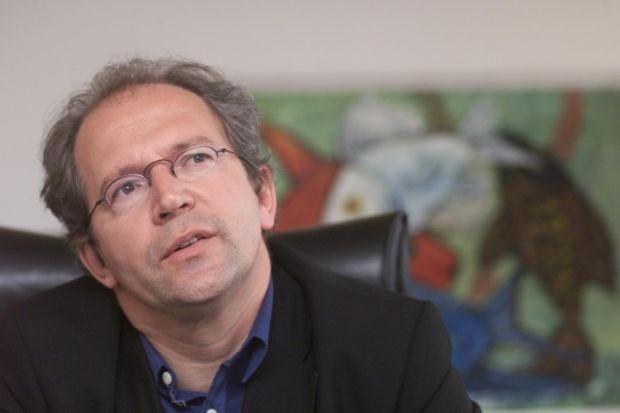 Landuyt wil misbruiken van vreemdelingenadvocaten aanpakken