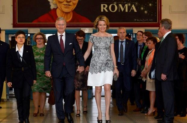 Prins Filip en prinses Mathilde op bedankfeest in Roma (video)