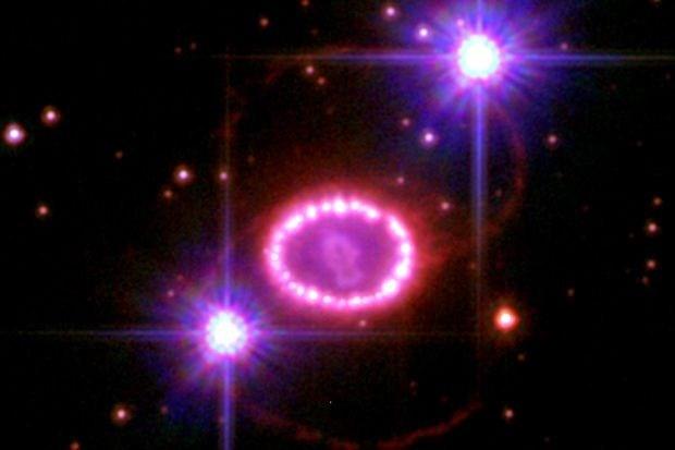 Blik op de ruimte: Zwart gat of neutronenster?