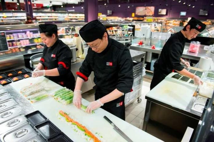 Carrefour Turnhout opent sushibar